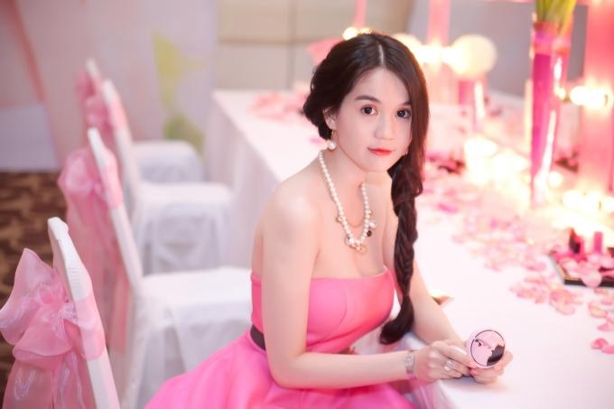 Hinh Anh Ngoc Trinh De Thuong