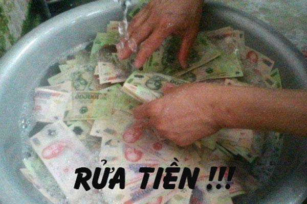 Nhung Anh Hai Huoc Vui Nhon