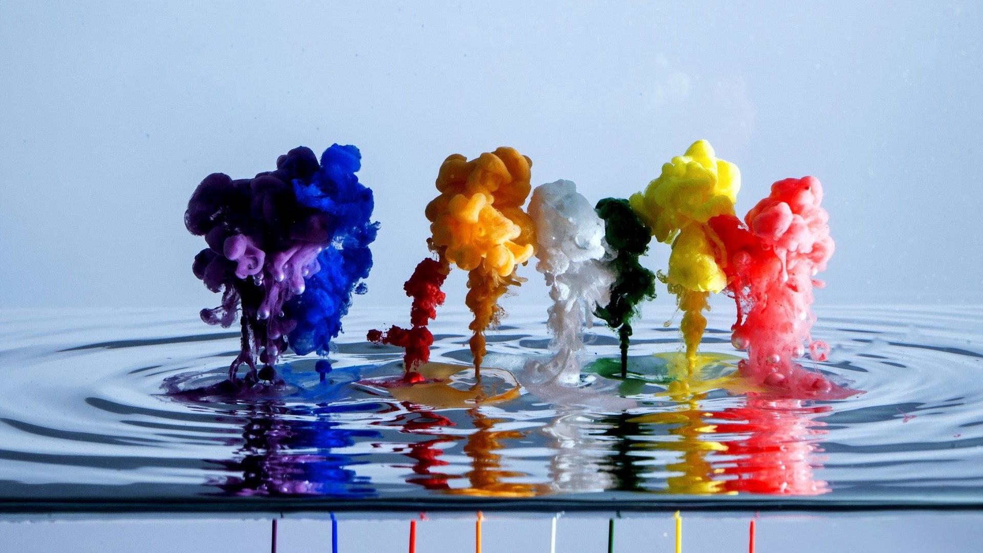 Màu sơn hòa vào nước 4K